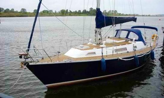 Idylle 1150 Cruising Monohull Charter In Gdańsk