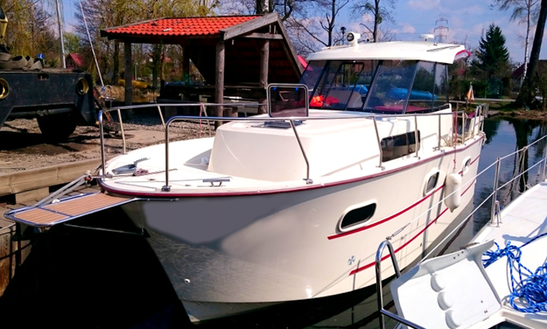 Charter 27' Nautika 830 Cherry Lady Motor Yacht In Kruklanki, Poland