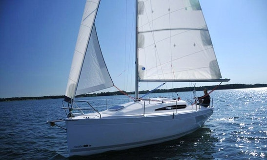 Charter Antila 26 Cc Cruising Monohull  In Mikołajki
