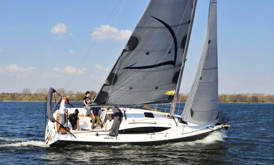 Maxus 33.1 Rs Exclusive-blue Monohull Charter In Węgorzewo