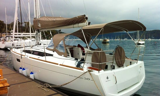34' Jeanneau Sun Odyssey 349 Cruising Monohull Charter In Cannes, France