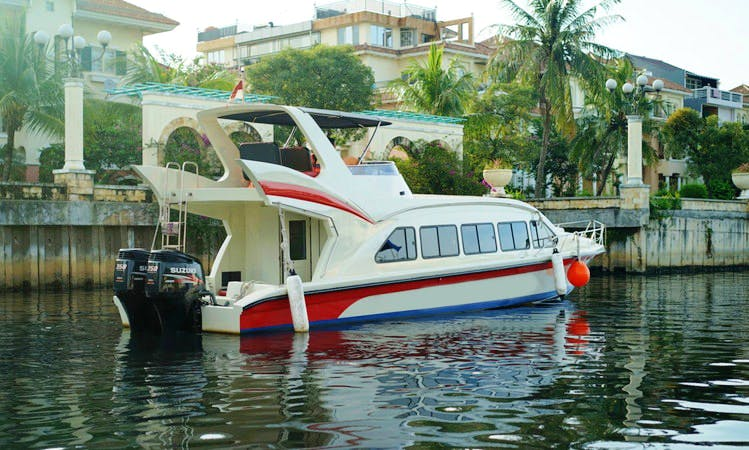 Charter Lumba - Lumba Passenger Boat in Pademangan, Indonesia