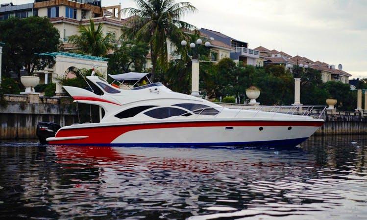 Charter Miss Lee Motor Yacht in Pademangan, Indonesia