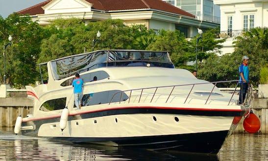 Charter Black Pearl Motor Yacht In Pademangan, Indonesia
