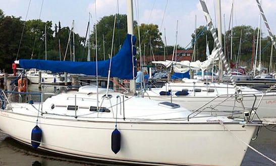 29' Sailing Charter