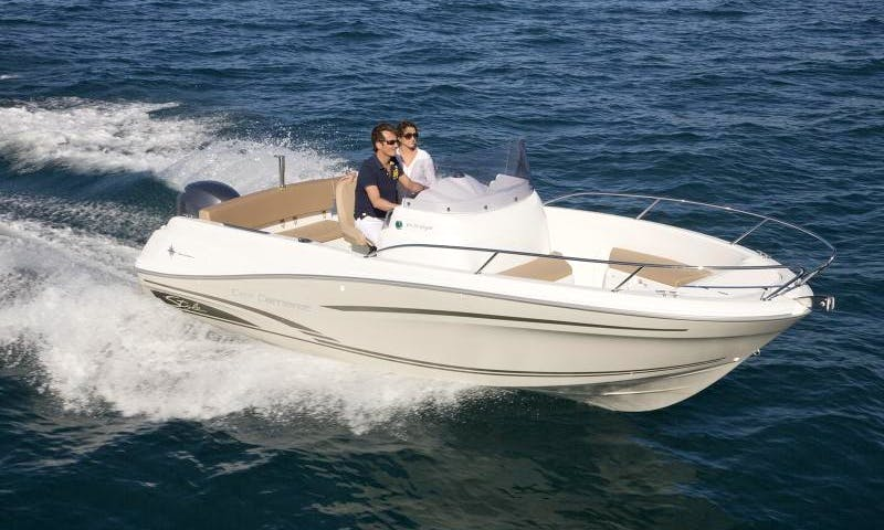 Center Console rental in Kotor
