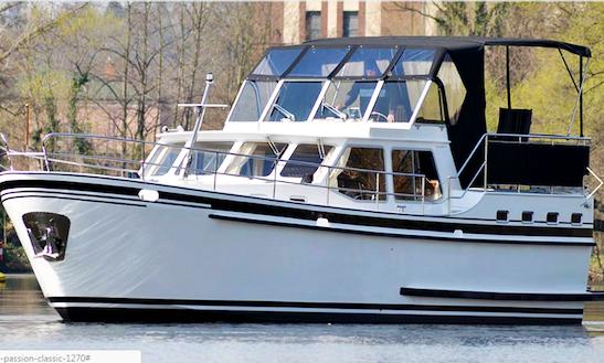 Charter 41' Aaron Motor Yacht In Brandenburg, Germany