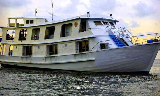 Charter A M/y Narayana Motor Yacht In Puerto Princesa, Philippines