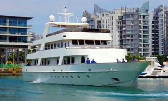 Charter 128' Corporate Retreat Luxury Yacht In Serapong, Singapore