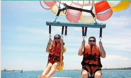 Enjoy Parasailing in Kecamatan Gianyar, Indonesia