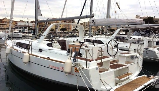 Beneteau Oceanis Clipper 35.1 New Model In Costa Daurada, Spain