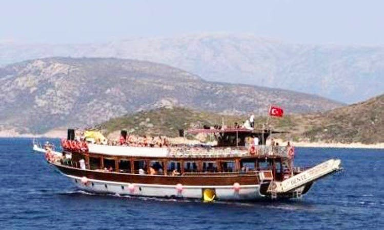 Lady Bente Yachting Daily Tours in Cesme