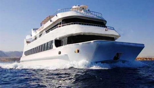 Nautilus Yacht Sea Excursion In South Sinai