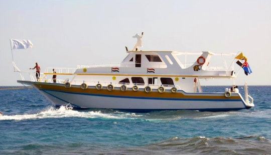 Enjoy Diving Trips & Courses In Hurghada, Egypt On 40 Persons Yacht