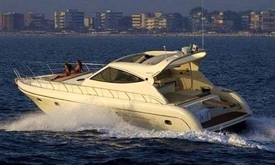Motoryacht Gianetti 48