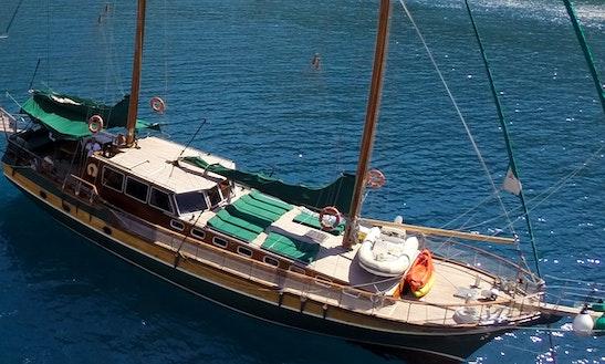 Crewed Schooner Charter