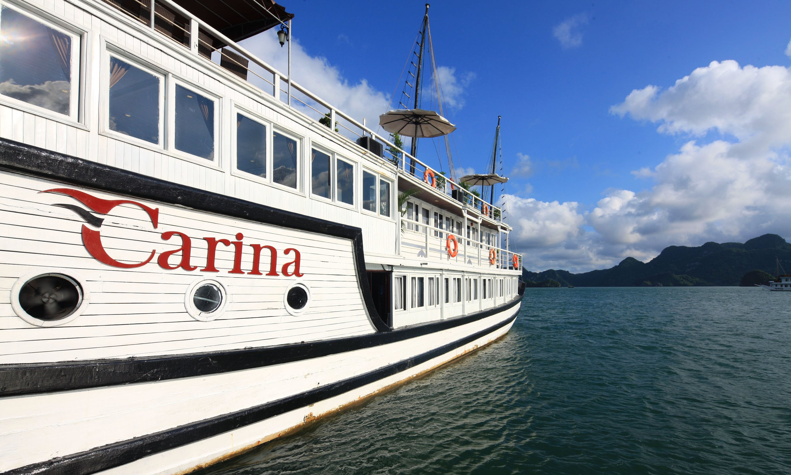 Aclass Carina cruise  - Smaller boat, better care in Halong bay