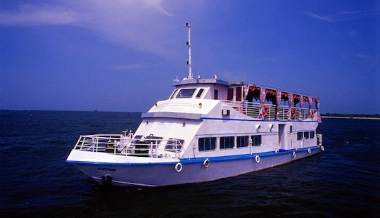 50 Person Boat Cruise In Kochi