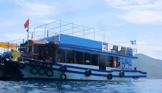 Happy (passenger Boat)