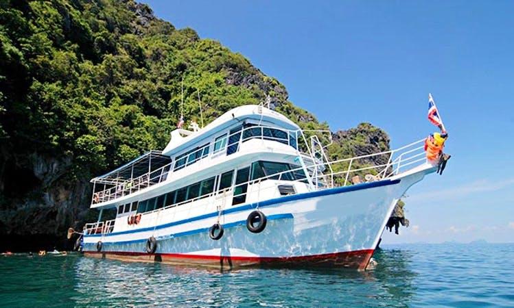 Island Boat Tours in Andaman Sea