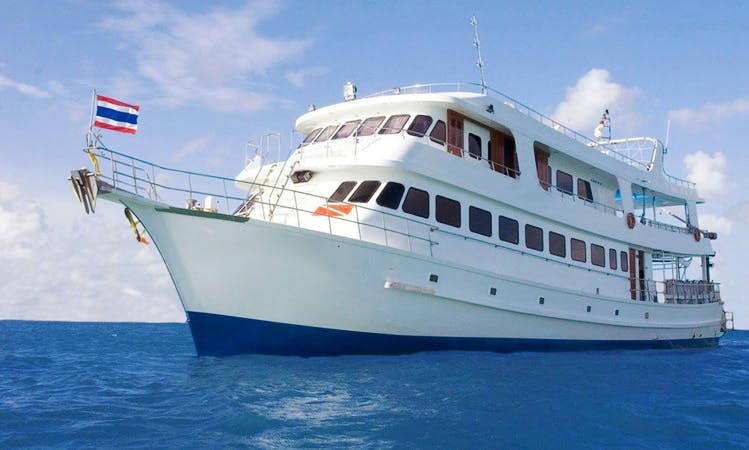 """Liveaboard Dive Boat """" MV Somboon 3 """" in Phuket"""