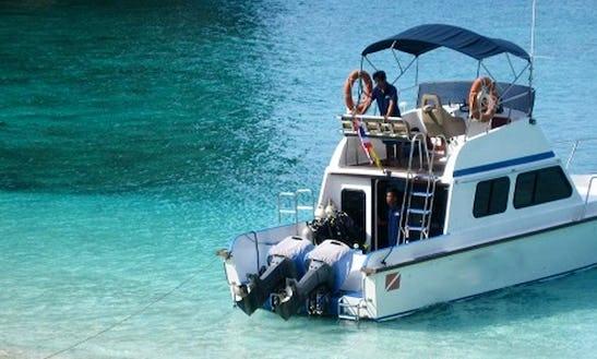 Koh Jum Divers In Thailand