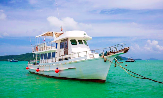 Enjoy Fishing In Tambon Ratsada, Thailand On A Trawler