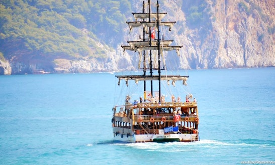 Charter A Gulet Cruise In Antalya, Turkey