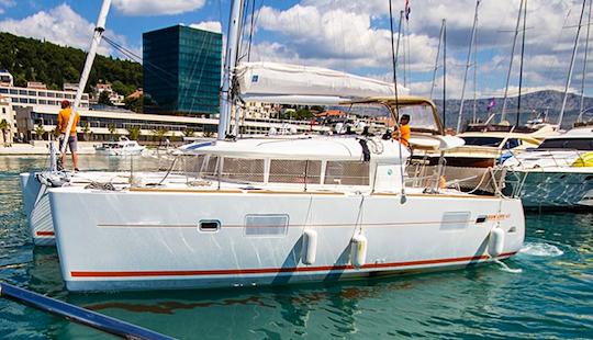 Sailing Charter On Lagoon 400 Cruising Catamaran