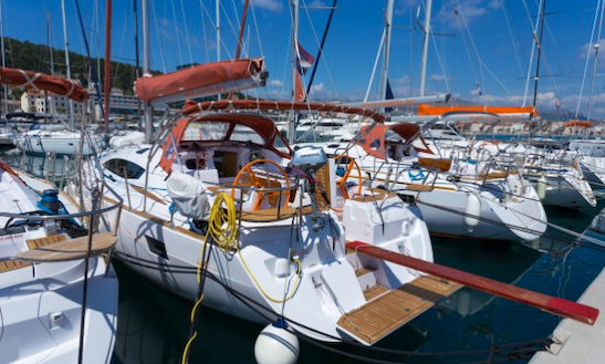 Sailing Charter For 10 People On 44ft Elan Impression Cruising Monohull In Split, Croatia