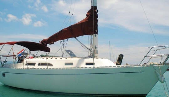 30' Classic Sailing Cruiser  In Ko Samui