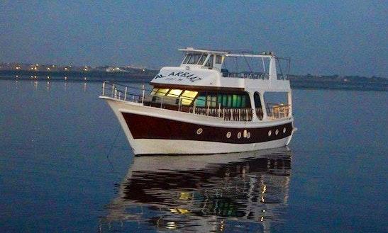 Charter Savor Motor Yacht In Karachi, Pakistan