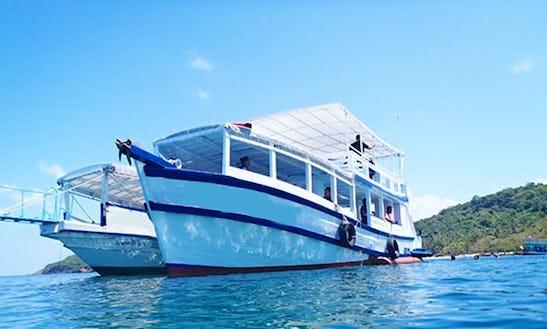 (50 Pax ) Diving Boat In Tambon Tha Kum