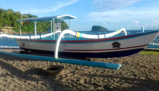 Explore Manggis, Bali On A Traditional Boat Charter