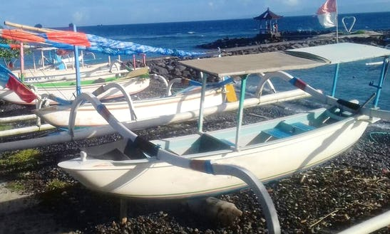 Spend A Day On A Traditional Boat In Manggis, Bali