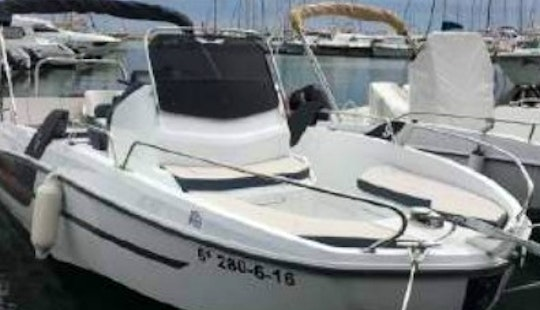 Rent The New Flyer 6.6 Spacedeck Powerboat In Torroella De Montgrí, Catalunya