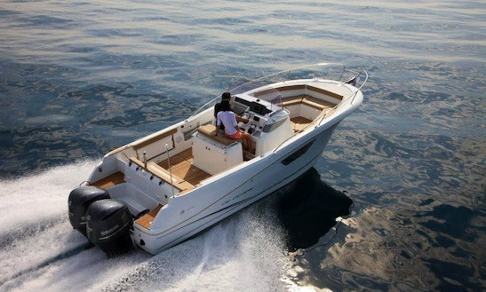 Rent 29' Cap Camrat Center Console In Marciana Marina, Italy