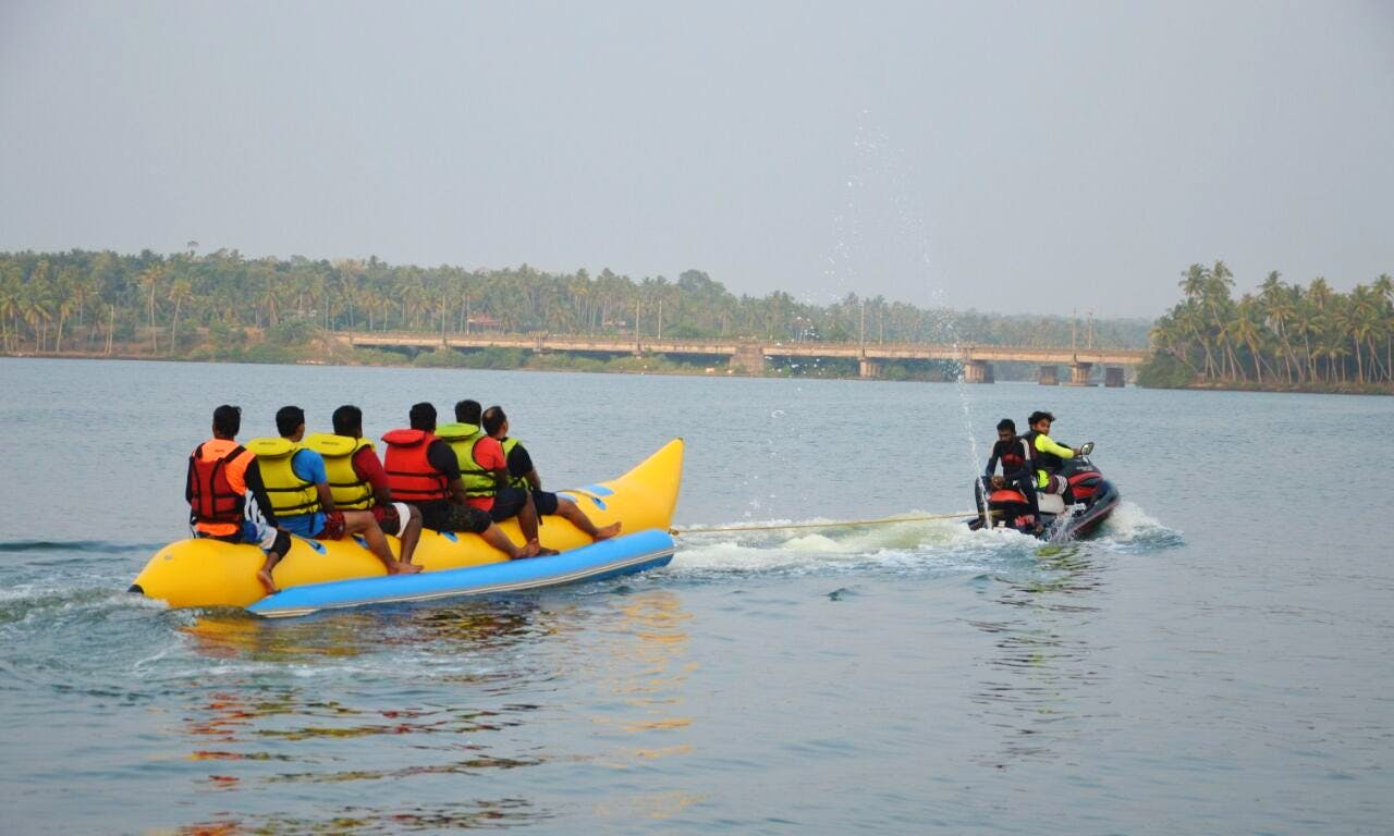 Enjoy Banana Boat Rides in Kappil, Kerala
