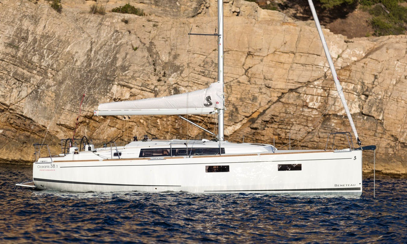 Rent 38' Beneteau Oceanis Cruising Monohull in Lefkada, Greece