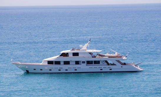 Charter 102' Elena Power Mega Yacht In Patra, Greece