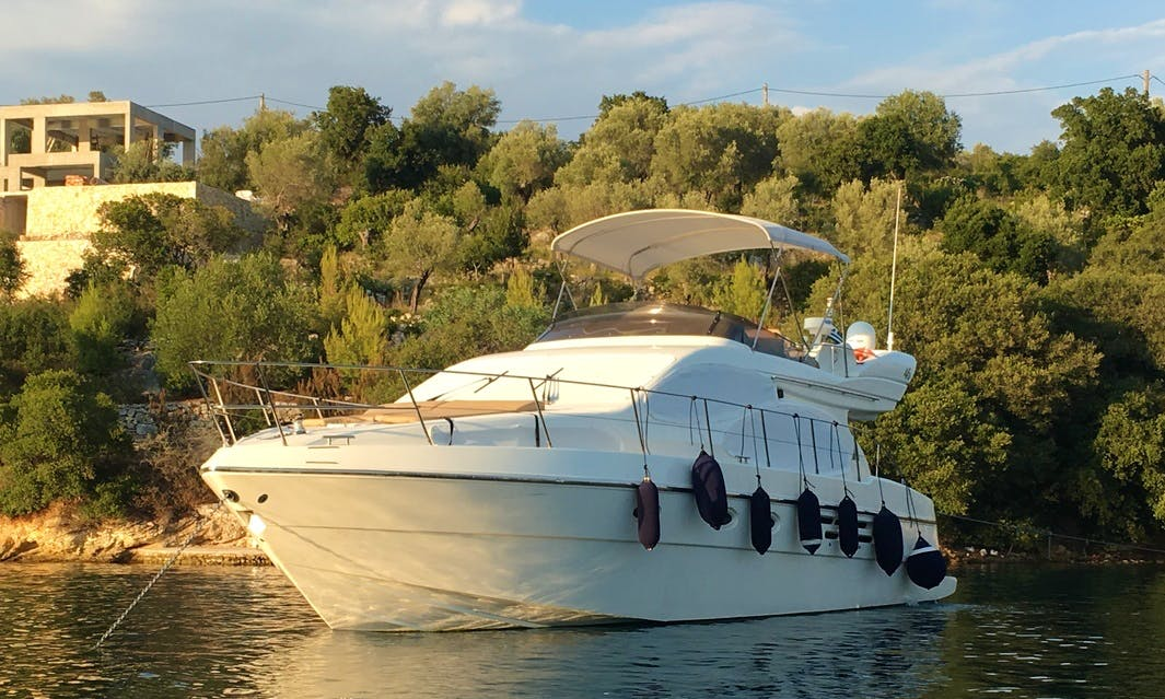 Charter 46' Azimut Motor Yacht in Lefkada, Greece