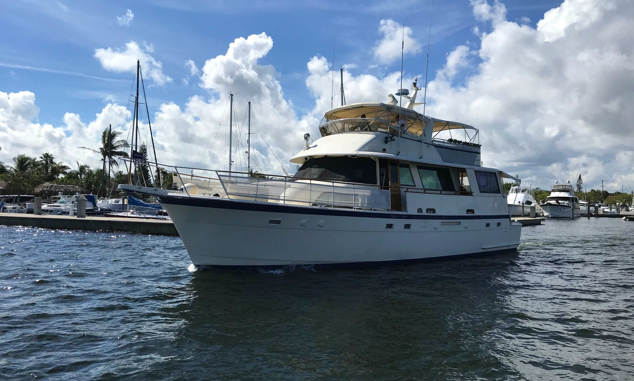 "Charter the ""Entertainer"" Luxury Motor Yacht in Ft. Lauderdale / Hollywood, FL"