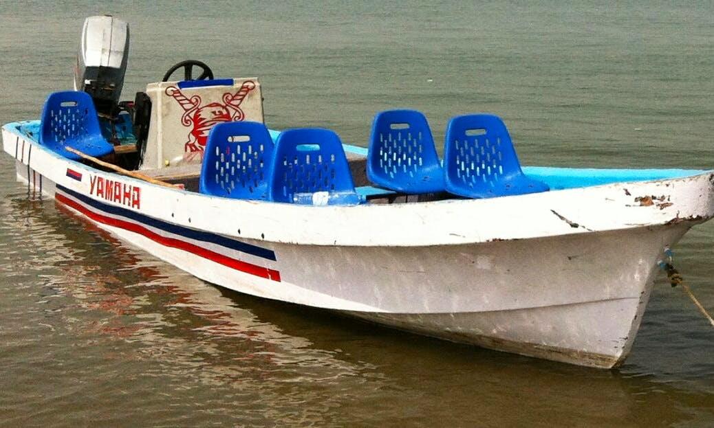 4 Person Boat trip to book in Karachi, Pakistan