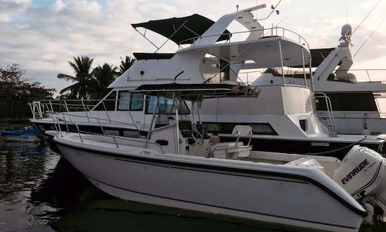 Rent This 26' Speedboat From Manila Bay, Philippines