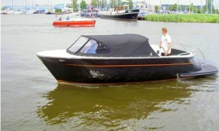 Hire the 22ft Aquatico Retro Sloop Boat in Kinrooi, Belgium