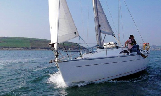 'desert Star' Sailing Yacht Charter & Courses In Dublin