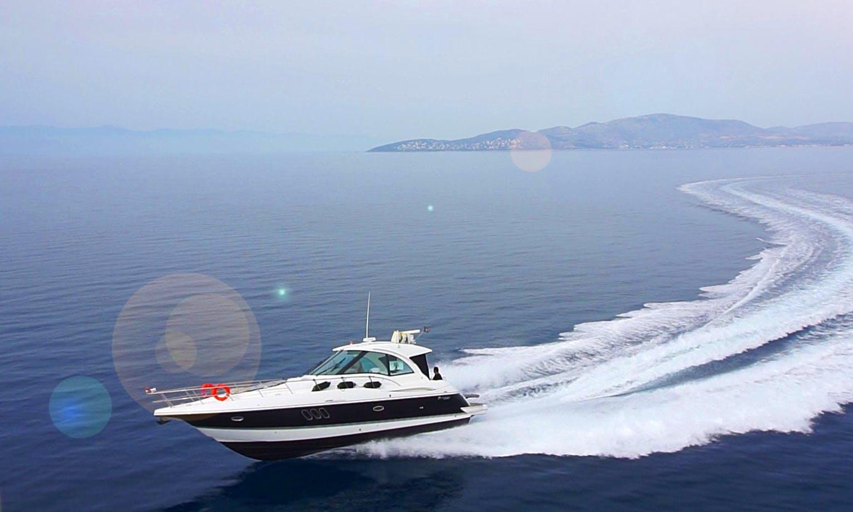 Luxury Motor Yacht rental in Skiathos