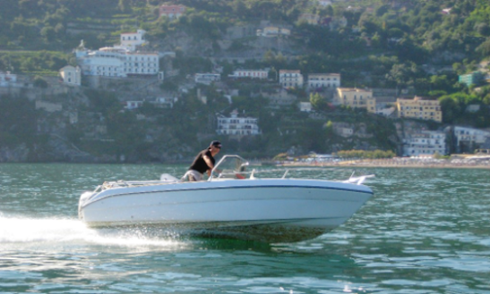 Rent 18' Sea Largo Center Console In Salerno, Italy