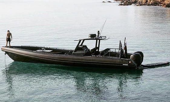 Hire the Novamarine HD120 RIB in Porto-Vecchio