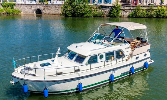 Linssen Canal Boat For Hire In Ireland
